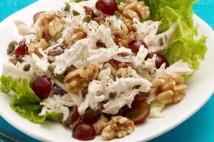 рецепты салатов из орехов и из винограда