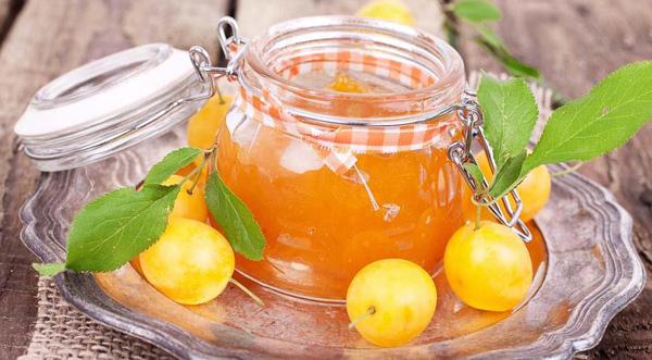 Варенье-пятиминутка из желтой сливы без кожуры – кулинарный рецепт