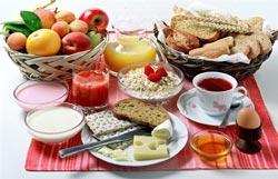 Что приготовить на завтрак быстро и не очень калорийно?