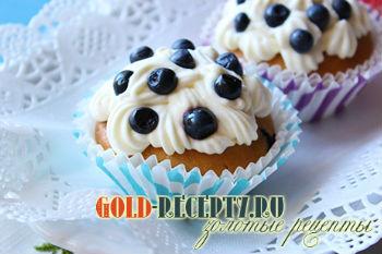 Карамельные маффины  с черникой  рецепт с фото пошагово
