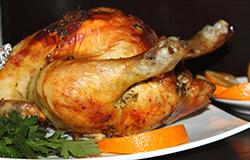 Курица запеченная в духовке с травами и апельсином