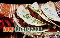 """Мексиканские лепешки """"Такос"""" с мясным фаршем и сыром"""