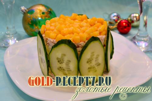 Салат с кукурузой, вкусный салат с курицей и кукурузой рецепт с фото