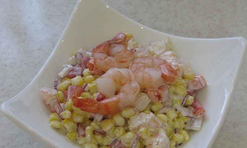 Овощной салатик с креветками