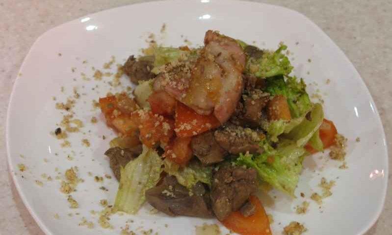 Салат с куриной печенью — фото рецепт