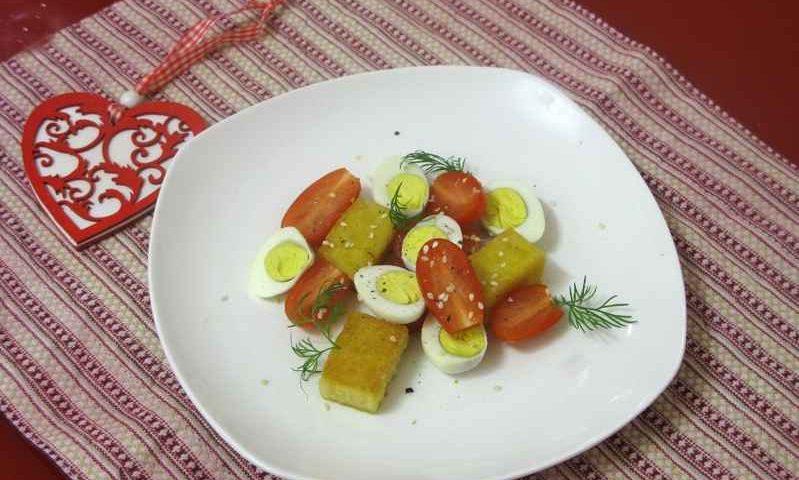 Салат из жареной поленты