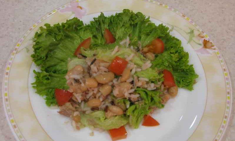 Летний салат с тунцом