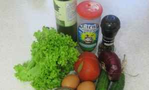 Летний салат с тунцом - ингредиенты