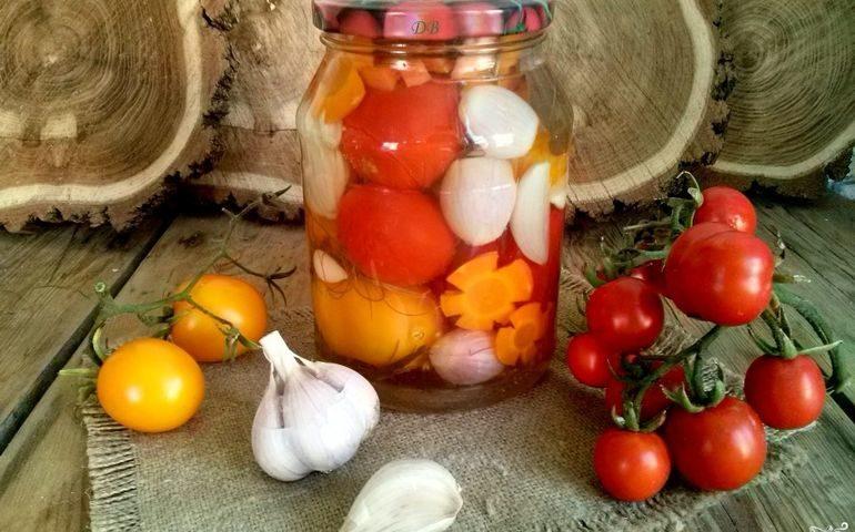 Помидоры с луком и морковью заготовки на зиму